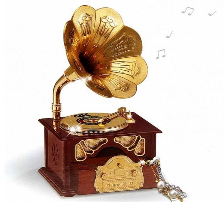 hộp nhạc hình loa